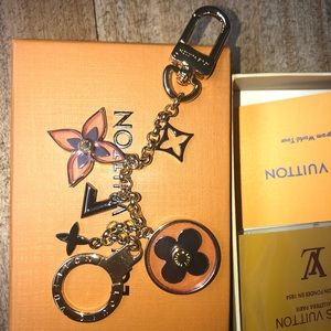 COPY - Bag charm /keychain blooming flower Louis …